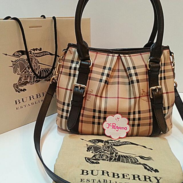e86c6c5d886 Authentic Burberry Haymarket Northfield Tote Bag Only For Sale ***NO  TRADE*** Fixed Price Non-Neg