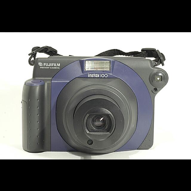 Fuji Instax 100 WidePolaroid Camera