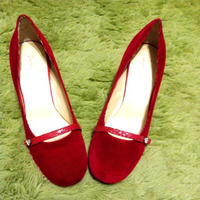 大腳大尺40號紅絲絨中跟圓頭跟鞋