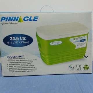 Pinnacle Cooler Box