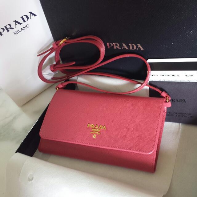 c44049f2b661 ... spain brand new prada saffiano peonia portafogli bag clutch wallet  peonia hot pink luxury on carousell ...