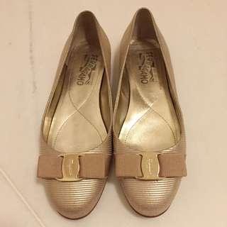 Salvatore Ferragamo Varina Gold Shoes