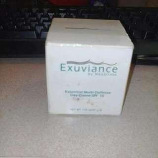 Exuviance essential multi-defense day creme