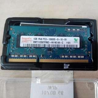 Hynix 1gb Laptop Ram PC3-10600S-9-10-B1