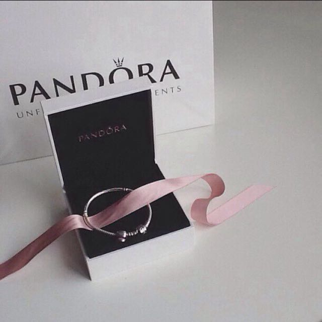 💎 pandora bracelet 💎 (PENDING)