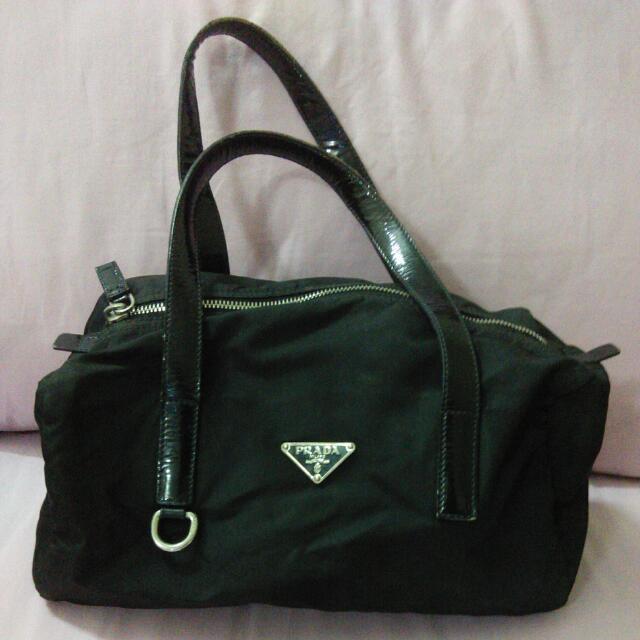 afaa335feb96 ... germany prada tessuto bag in black br2509 pre loved reserved luxury on  carousell faff1 92cbf