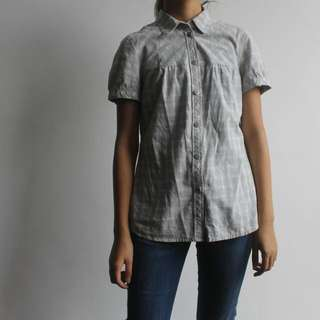 Short-sleeved Button Down