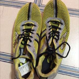 Brooks Long Distance Track Spikes