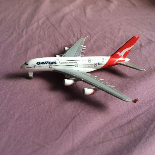 Quantas Airbus A380 Model