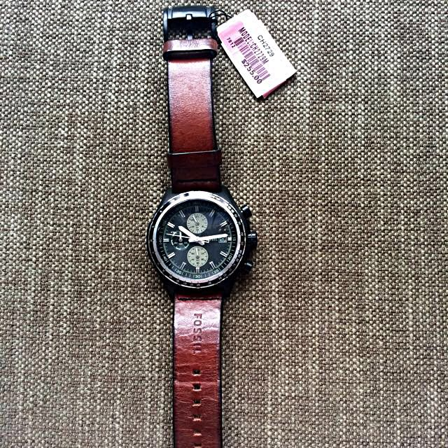 100% authentic Fossil Watch