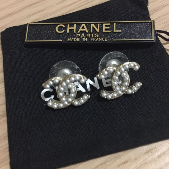 9c0be26309e33 Authentic Chanel Vintage Gold With Pearls Double C Earrings, Luxury ...