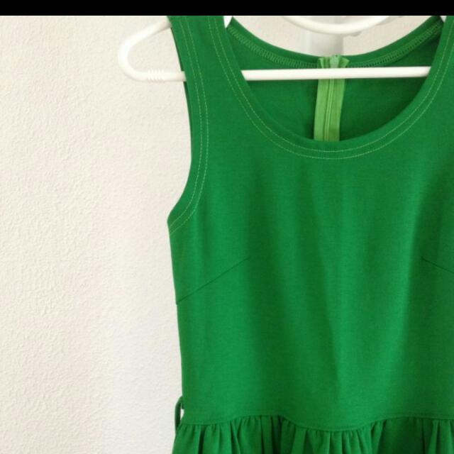 Elf Green Dress (Brand New!)