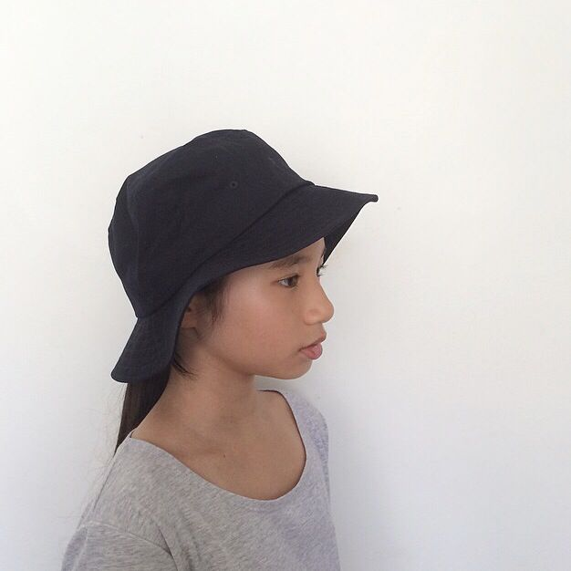 17555fbe35f  RESERVED  MUJI navy blue bucket hat