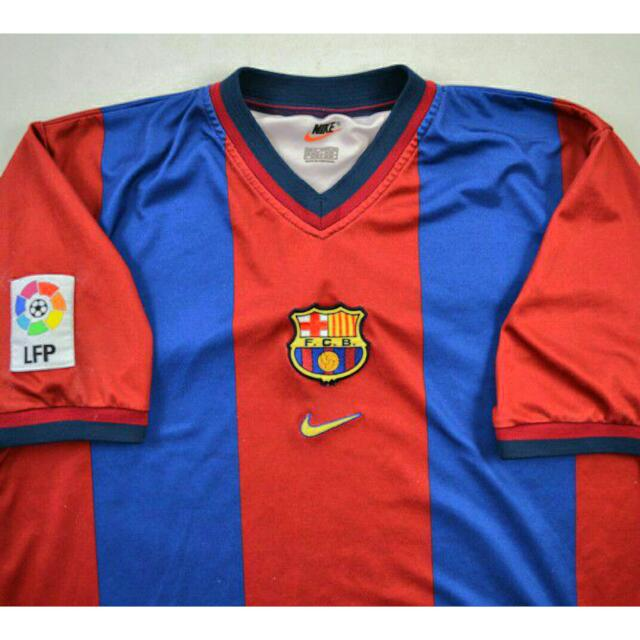 1999 2000 classic fc barcelona home kit authentic sports on carousell sgd