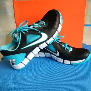 Brand New: Nike Flex Show Trainers 2