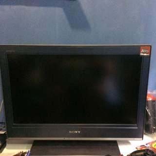 Sony BRAVIA 32 Inches Tv.