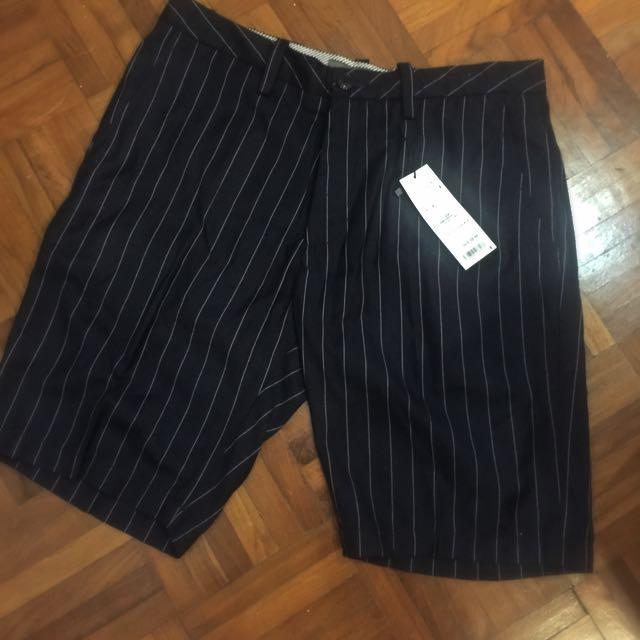 Brand New Lowrys Farm Men - Three Quarters Pants