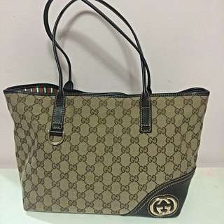 Pre-loved Gucci tote bag