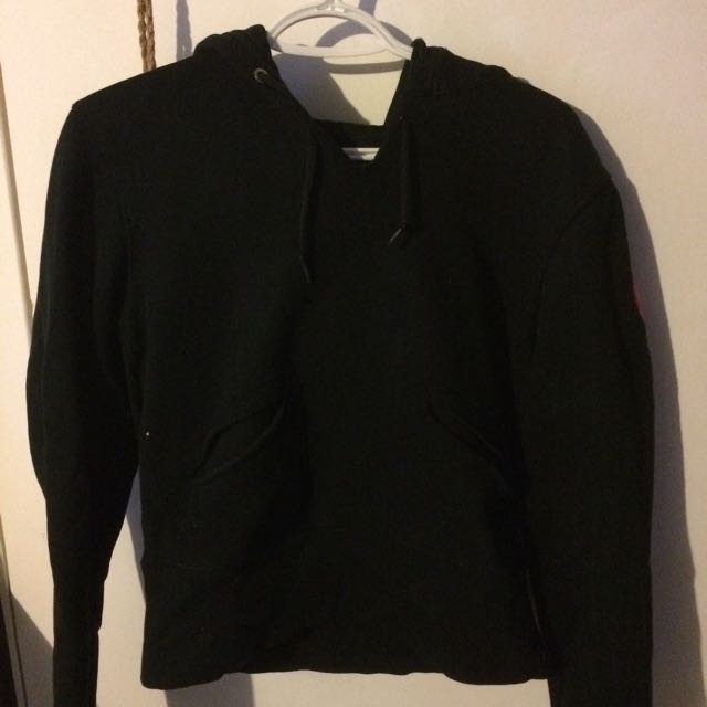 Lululemon Sweater (size 12)