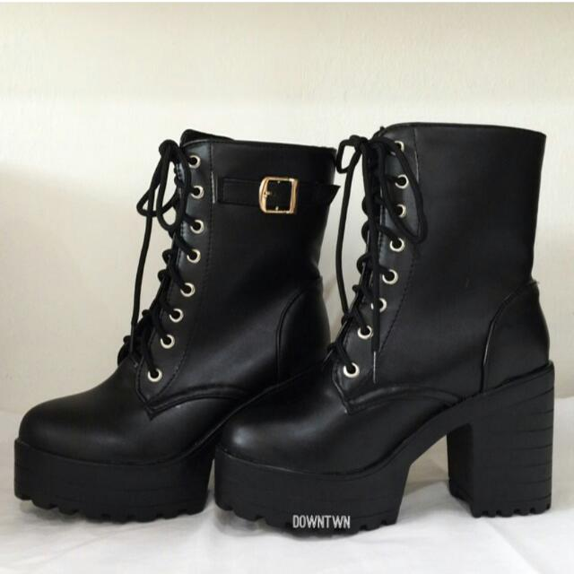 [R] Brand New Black High Top Buckle Platform Boots