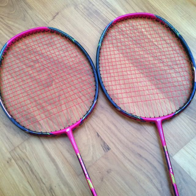 YONEX Voltric Z-force 2 LCW edition, Sports on Carousell