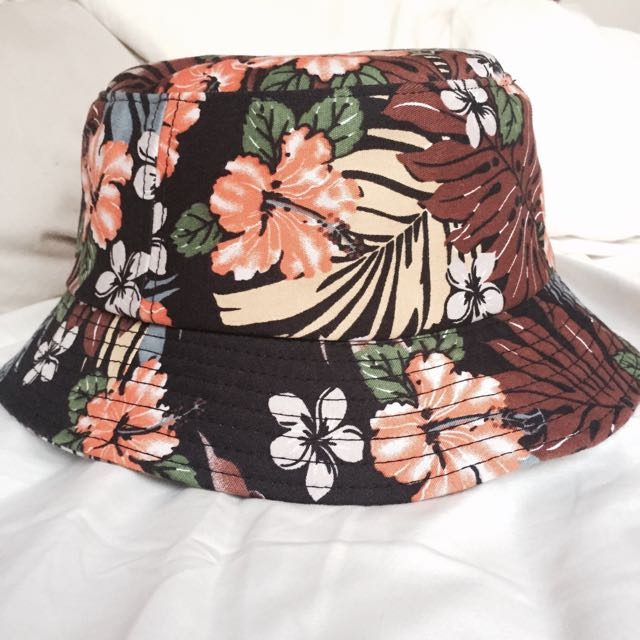 (SALE!!!!!) Bucket Hat