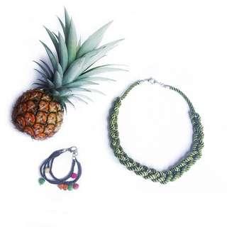 Flourescent necklace (Green)