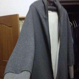 「二手市集」韓版特長魚口修身寬鬆連帽鋪棉外套