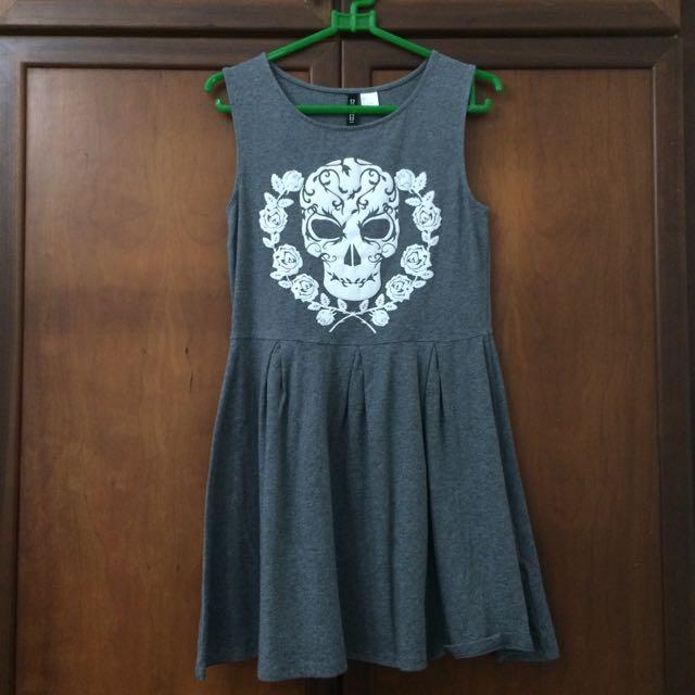 H&M Basic Grey Skull Dress