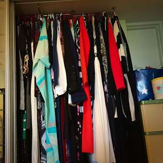 CLEARING OUT MY WARDROBE ❗️❗️❗️❗️