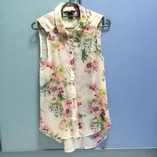 H&M floral collared top