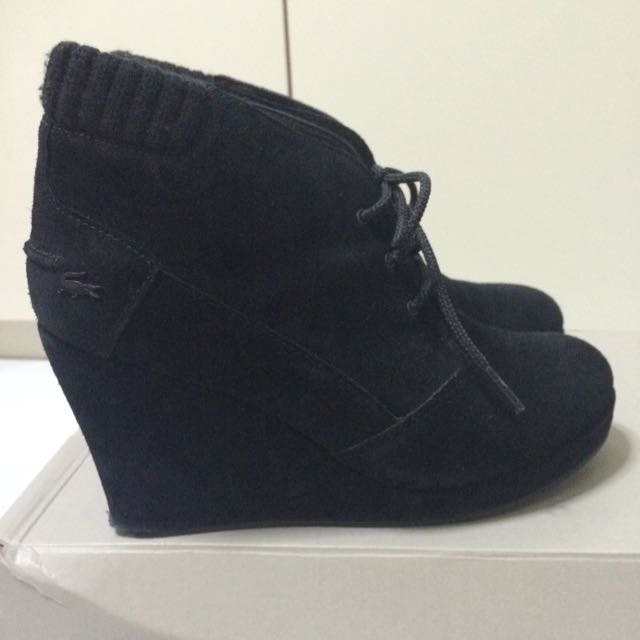Authentic Lacoste Laced Up Ankle Boots Black Suede Leather