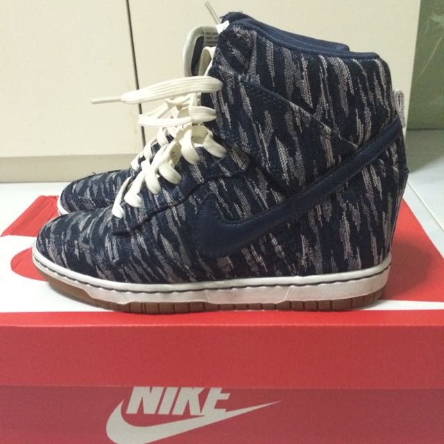 Authentic Nike Womans Dunk Sky Hi Sneaker Wedges