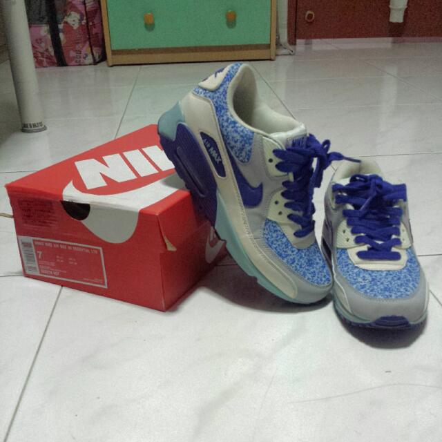 new concept 2f960 46ac4 Women Nike Air Max 90 Essential LTR, Women s Fashion on Carousell
