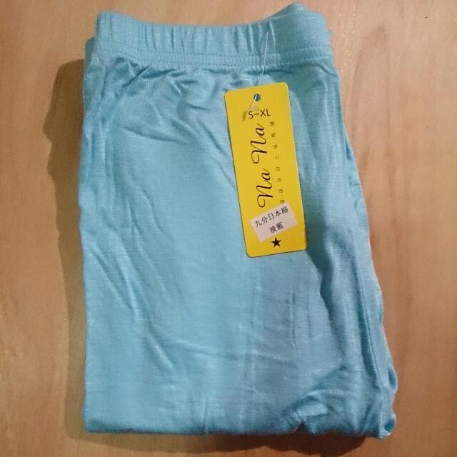 (全新)淺藍內搭褲