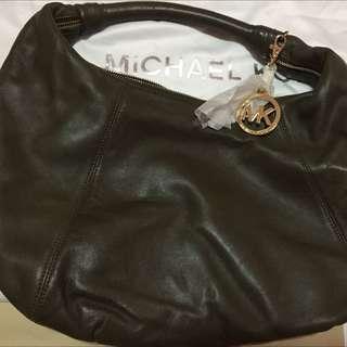 Michael Kors' leather 'Addison' hobo bag