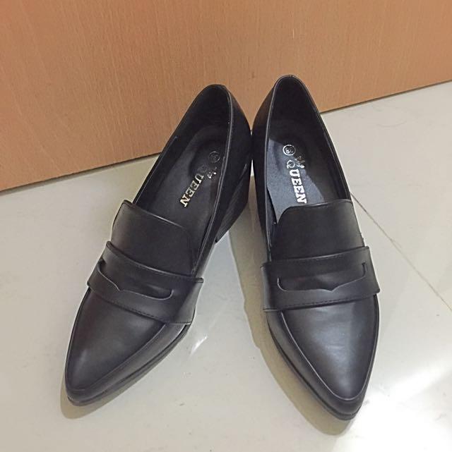 全新尖頭鞋