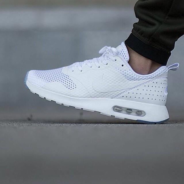 low priced 29979 4e56b NIKE AIRMAX TAVAS TRIPLE WHITE ORIGINAL MADE IN INDONESIA, Men s Fashion on  Carousell