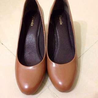 [二手]Sonia 咖啡跟鞋