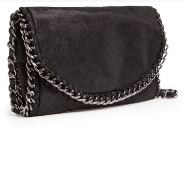 Looking For: Mango Touch Chain Bag