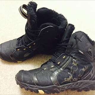 Boots 100% Water proof