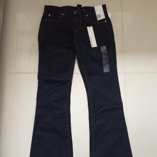 Authentic Women s Calvin Klein Denim Jeans (Brand New) Sale 81bab5ce4b0