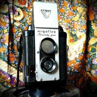 Antique Vintage Camera Argoflex Argus