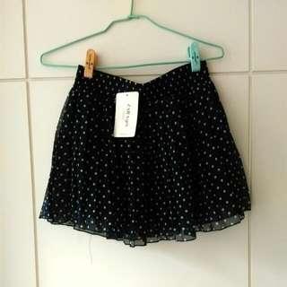 Zara藍底白點點短裙