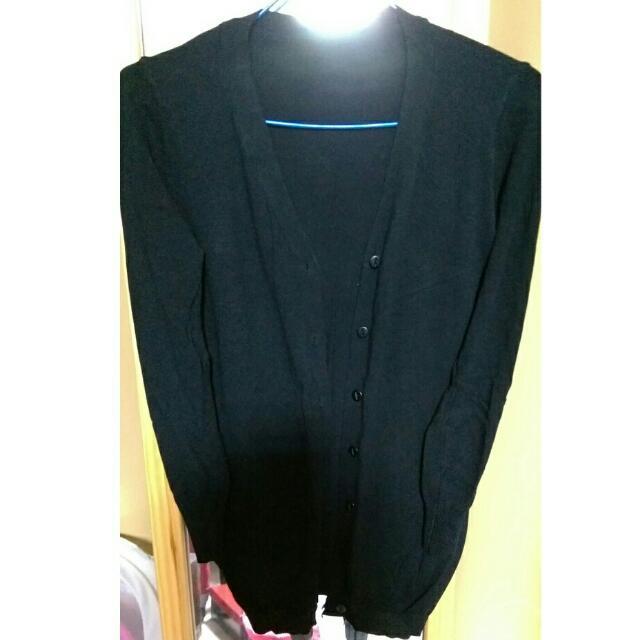 黑色薄針織外套