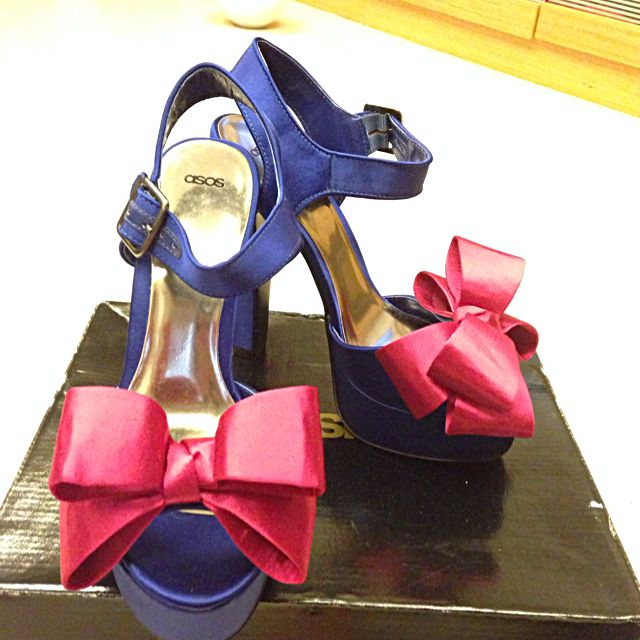 降~降~降💰💰💰。   ASOS 網站購買的超美Party高跟鞋