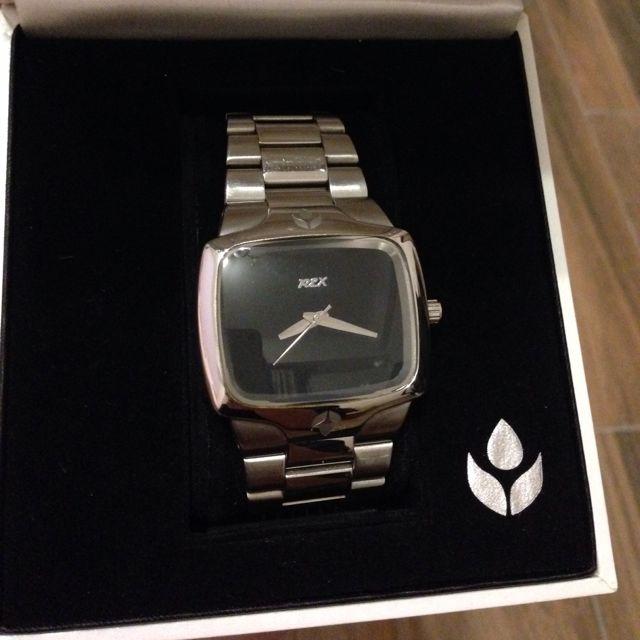 REX 黑底錶款