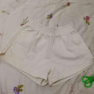 (保留中)Lulus 棉麻短褲(全新)