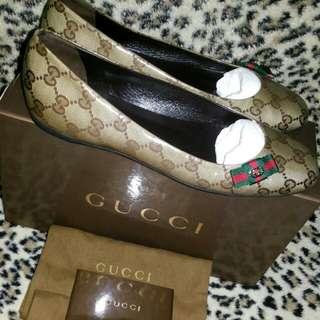 Authentic Gucci Pump Shoes