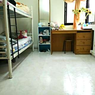 Need 1 girl sharing common room Sengkang East Way $300/month move in anytime